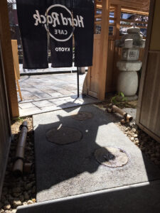 ハードロックカフェ京都出口